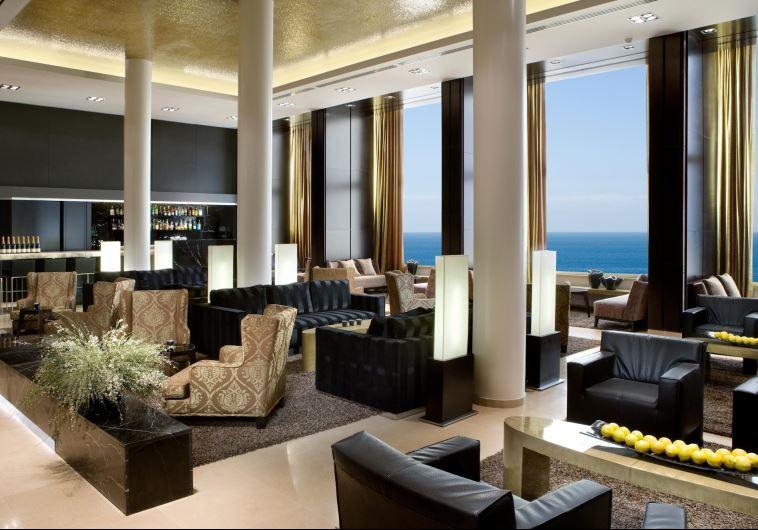 לובי מלון דן בתל אביב