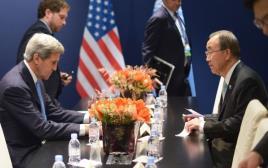 ג'ון קרי ובאן קי מון בוועידת האקלים בפריז