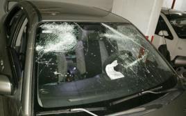 """רכב אוהדי בית""""ר שהותקף ביפו"""