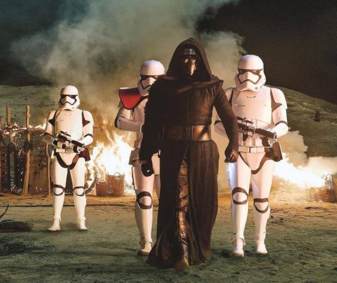 """מתוך """"מלחמת הכוכבים: הכוח מתעורר"""""""