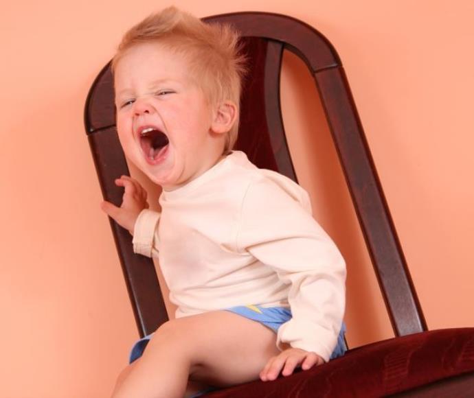 תינוקת בוכה, אילוסטרציה