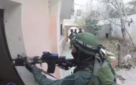 חיילי יחידת דובדבן מבצעים מעצרים במחנה הפליטים קלנדיה