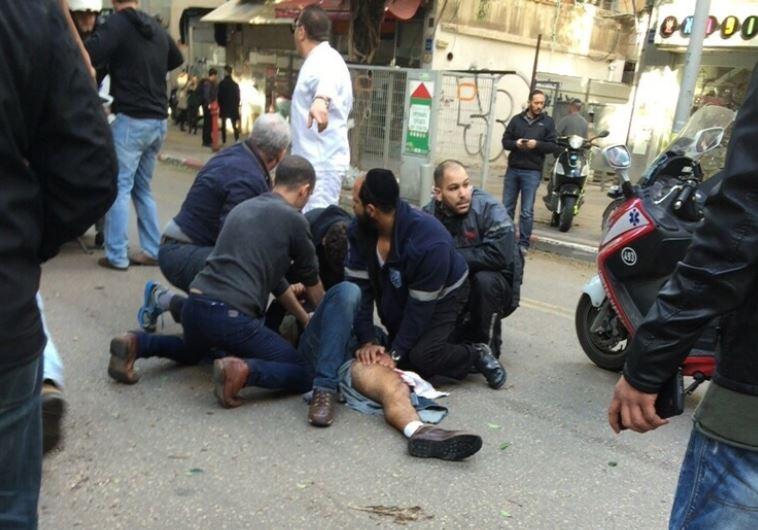 זירת הפיגוע ברחוב דיזנגוף בתל אביב. צילום: מאיר בר און