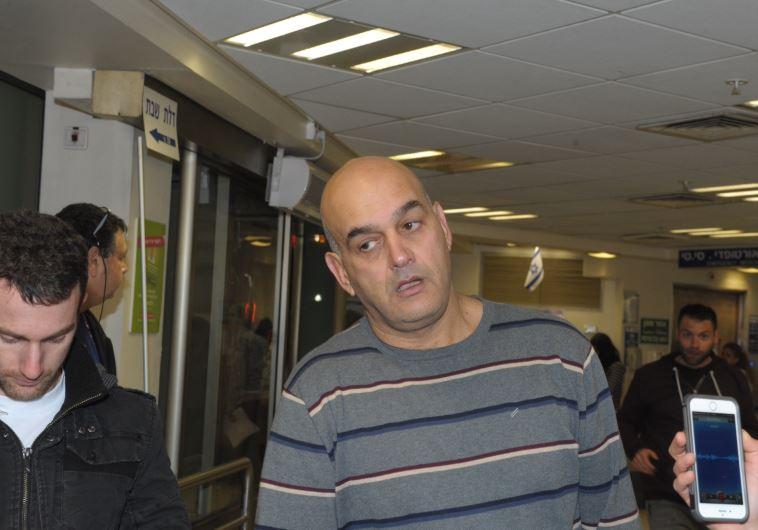 """אביו של אלון בקל, שנהרג בירי בפאב """"הסמטא"""". צילום: אבשלום ששוני"""