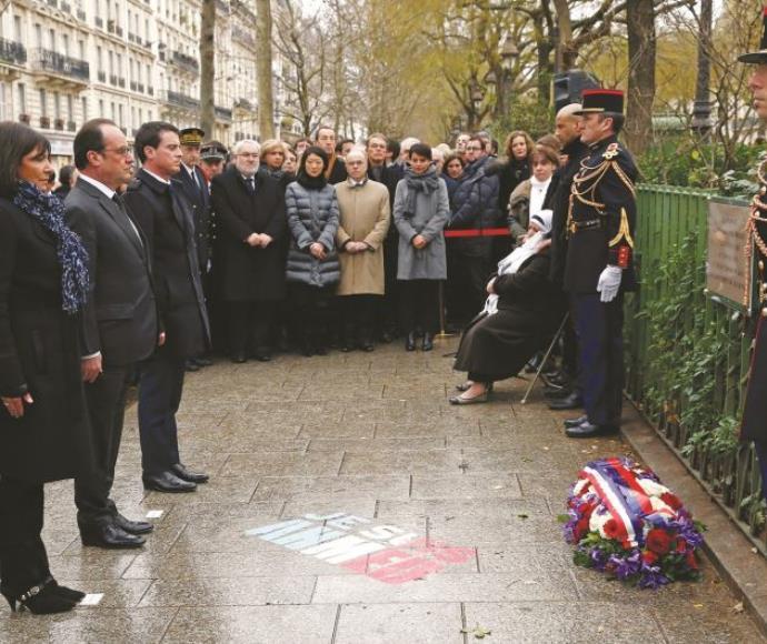 הנשיא הולנד בטקס הזיכרון לנרצחי ״שארלי הבדו״