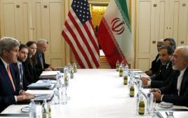 קרי פוגש את זריף לקראת הסרת הסנקציות מעל איראן בווינה
