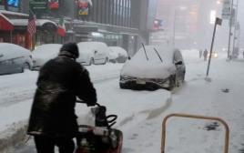 סופת שלגים בטיימס סקוור