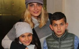 אילנית לוי עם ליאם ואלין גולן