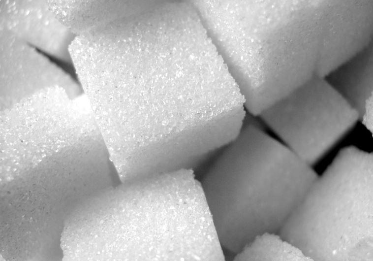 צריכה מופרזת עלולה לגרום לרעב ועייפות, סוכר. צילום: אינג' אימג'