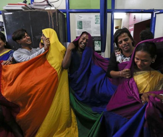 """פעילים למען זכויות להט""""ב בהודו"""