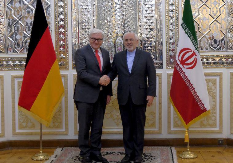 שר החוץ הגרמני שטיינמאייר עם שר החוץ האיראני זריף. צילום ארכיון: רויטרס