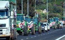 הפגנת חקלאים בכביש 90 נגד חוק המים