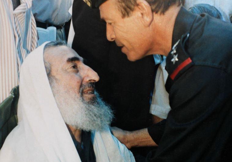 """""""מאד חיבב אותי"""". שייח' אחמד יאסין. צילום: גדי קבלו"""