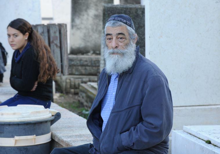 אריאל זילבר בהלווייתו של גבי שושן. צילום: אבשלום ששוני