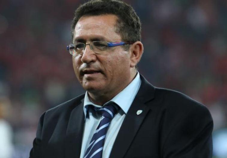 """יכול להיות מרוצה. יו""""ר התאחדות הכדורגל הישראלית, עופר עיני., צילום: ערן לוף"""