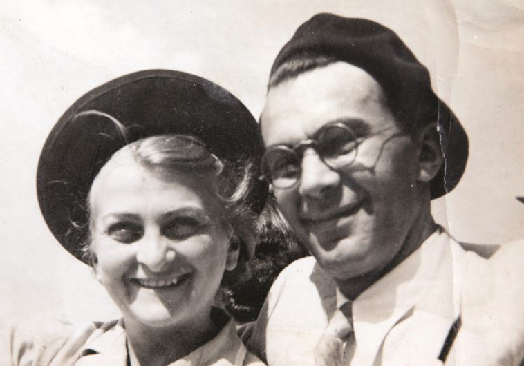 """""""אהבה של הערצה. עד היום"""". קרליבך עם אשתו חווה. צילומי רפרודוקציה: יוסי אלוני, פלאש 90"""