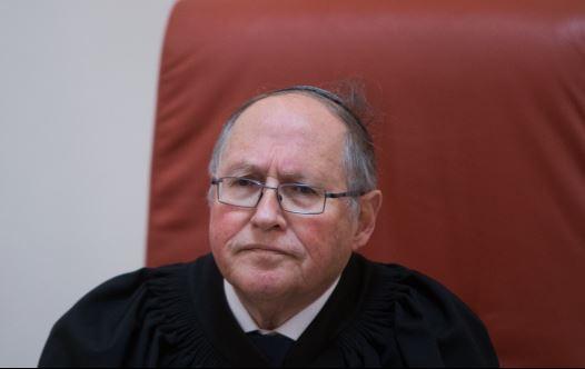 השופט בדימוס אליקים רובינשטיין (צילום: יונתן זינדל, פלאש 90)