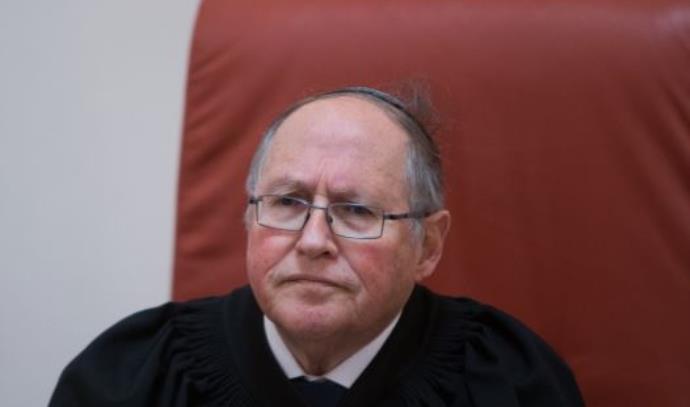 השופט בדימוס אליקים רובינשטיין