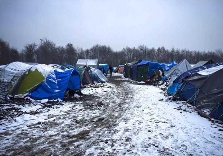"""מחנה פליטים בצפון צרפת, צילום: יח""""צ."""