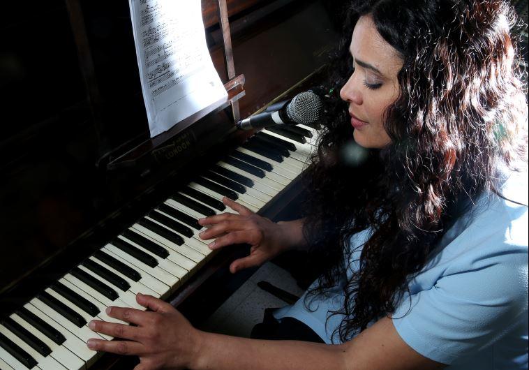 הלחינה כמעט את כל האלבום, מיטל טרבלסי. צילום: מירי צחי