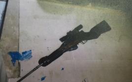 נשק ששימש צלפים מחברון