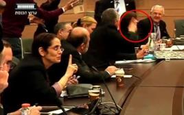 הישיבה הסוערת של ועדת החוקה