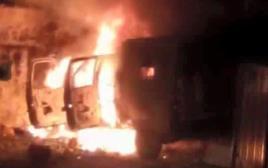 רכב צבאי נשרף מחנה פליטים קלנדיה