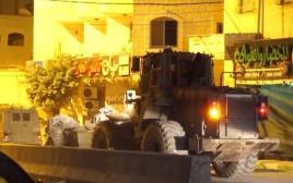 תיעוד פעילות הכוחות במחסום קלנדיה