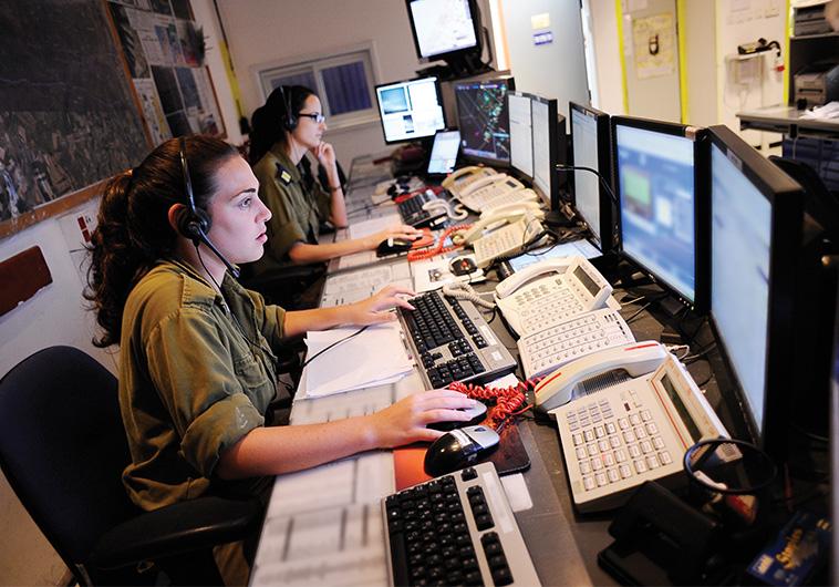 בקריות שליטה בחיל הים, שטח צבאי