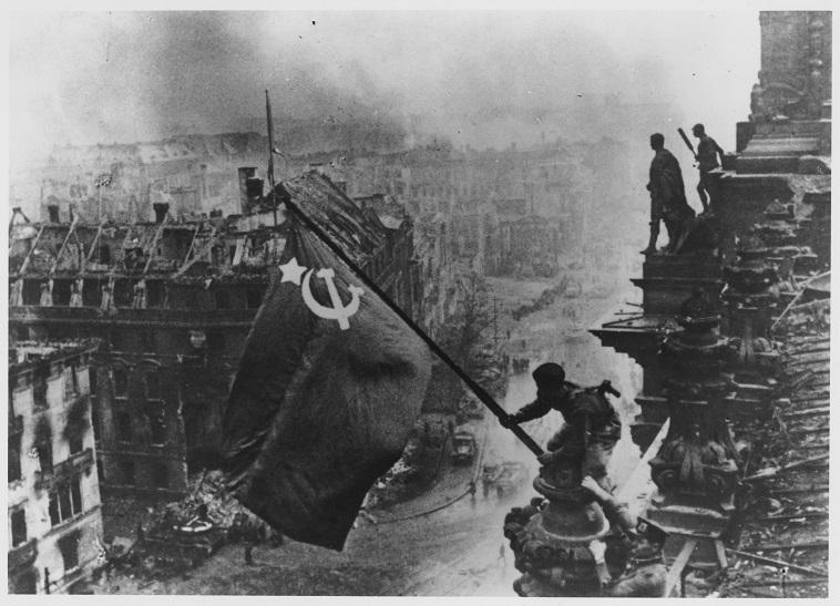 הצבא האדום משחרר את ברלין במלחמת העולם השנייה (צילום: Getty Images ASAP)