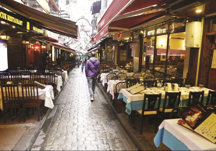 רחובות איסטנבול לאחר הפיגוע. צילום: רויטרס