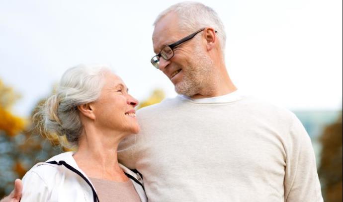 בני זוג מבוגרים, אילוסטרציה
