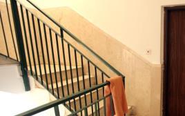 חדר מדרגות, ארכיון