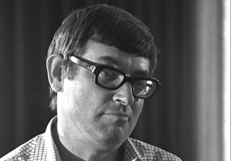 """יצחק לבני, 1977. צילום: יעקב סער, לע""""מ"""