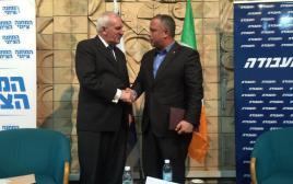 """ח""""כ חיליק בר וראש ממשלת אירלנד לשעבר ברטי אהרן"""