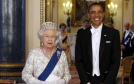 ברק אובמה והמלכה אליזבת השנייה