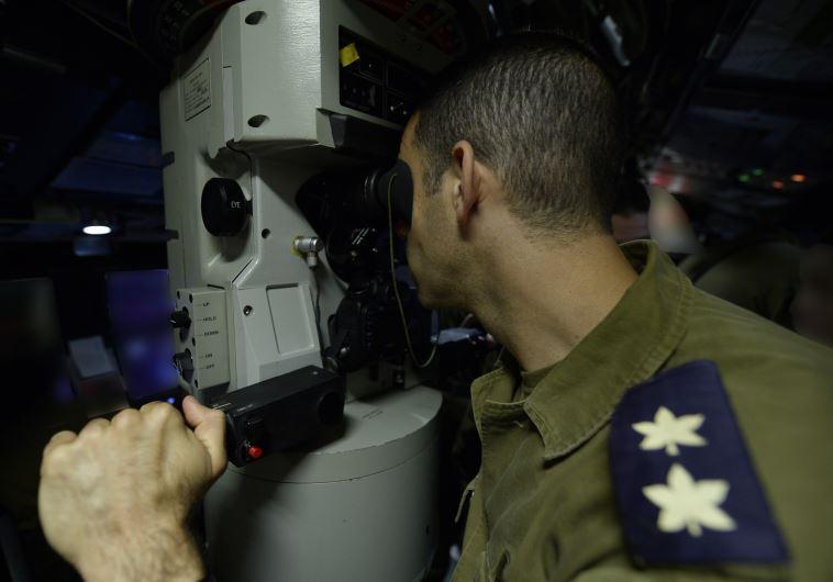 """הפלגה בכלי המלחמה היקר ביותר של צה""""ל, הצוללת אח""""י רהב החדשה. צילום: דובר צה""""ל"""