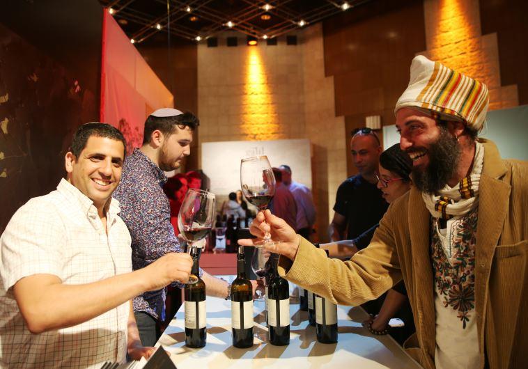 תערוכת יין כשר בבנייני האומה. צילום: מירי צחי