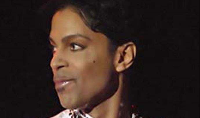 פרינס מופיע בפסטיבל קואוצ'לה ב-2008