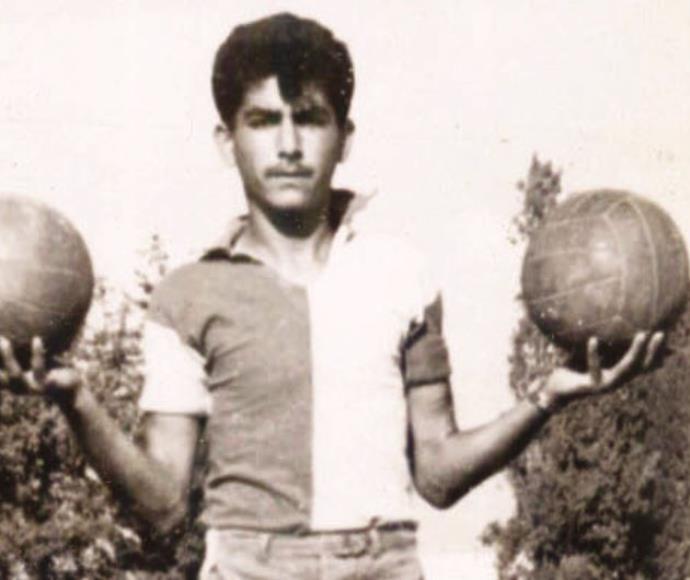 רפי לוי, חלוץ נבחרת ישראל בשנת 1960