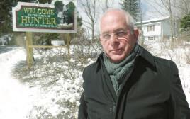 זאב-יאיר ז'בוטינסקי בעיירה האנטר, ניו יורק