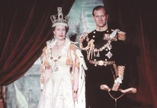 המלכה אליזבת ופיליפ אחרי ההכתרה