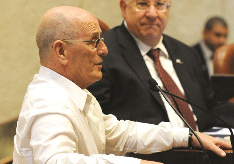 """""""הרגשתי צורך לתת כתף"""". כשר בממשלת נתניהו, לצד ריבלין, 2010. צילום: אבי אוחיון, לע""""מ"""