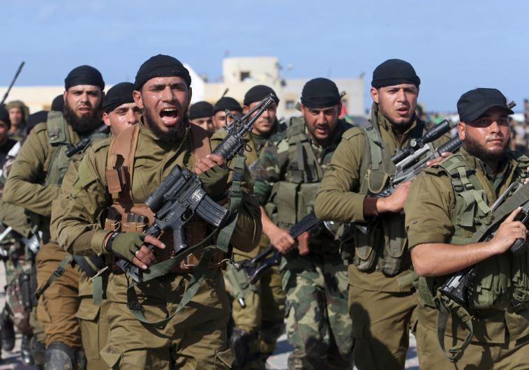 החשוד הצטרף לאימונים של חמאס. הזרוע הצבאית של הארגון. צילום: רויטרס