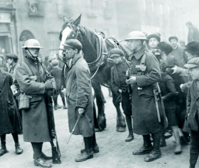 חיילים בריטים בדבלין במהלך מלחמת העצמאות האירית
