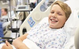 ילד מאושפז בבית חולים