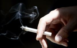 עישון סיגריה, אילוסטרציה