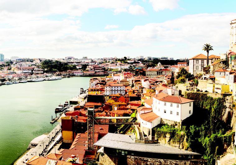 העיר פורטו בפורטוגל