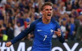 חגיגות בנבחרת צרפת