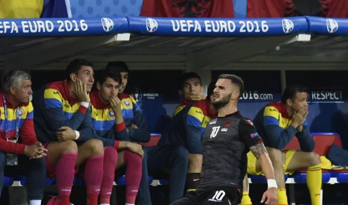 אלבניה חוגגת מול רומניה